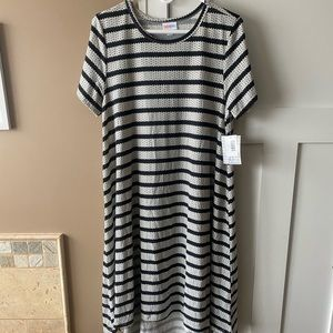 LuLaRoe XL Carly Dress Black & White